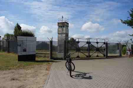 Außenanlage des Informationszentrums bei Schlagsdorf
