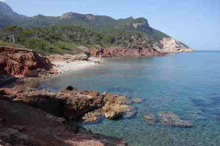 Eine der zahlreichen Buchten bei Banyalbufar