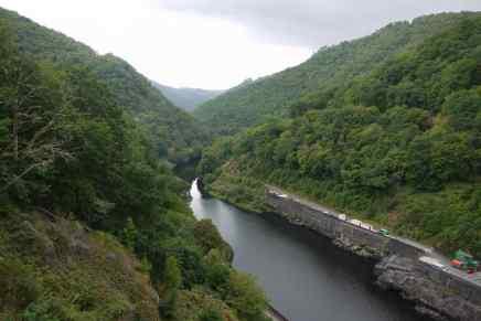 Die aufgestaute Dordogne